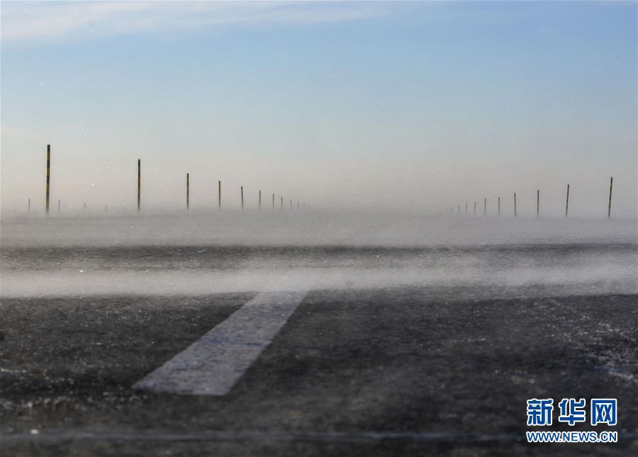 探访新疆玛依塔斯风区
