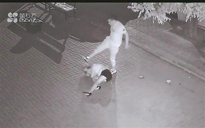 大连:当街暴打女子视频引关注 打人者已被抓获