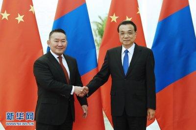 李克强会见蒙古国总统巴特图勒嘎